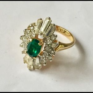 Vintage 18 k gold plated ring emerald rhinestone